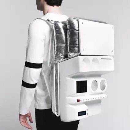 一款功能强大的背包,让你的旅行加分不少