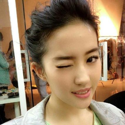 刘亦菲的天仙眨萌到犯规!秘密原来都在睫毛上?