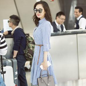 杨幂穿得一手好衬衫裙,我竟然想要范冰冰同款高跟鞋!