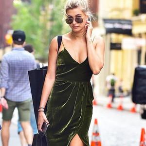 学宋茜穿天鹅绒,让姥姥家的旧窗帘也能变时髦!