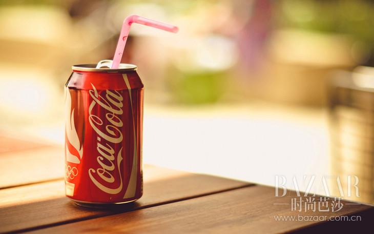 可口可乐能够消除马桶污渍