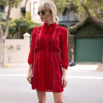 我穿上一身红出去,原来这么惹人注目!