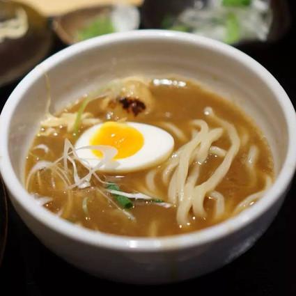 有了这张日本人自己的拉面榜单, 去东京再吃