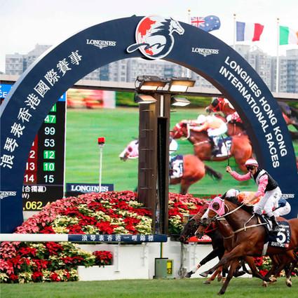 浪琴表荣耀呈现年度赛马收官盛事 经典时计礼赞香港国际赛事与全球最佳骑师奖