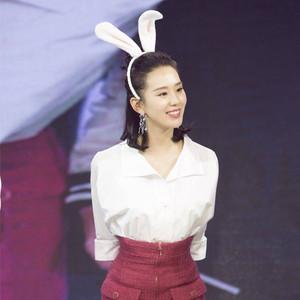 每日星范   刘诗诗 一夜之间长高10公分,秘密就藏在她的裹身裙里!