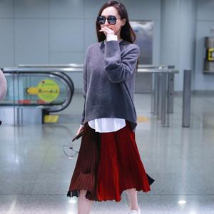 """经典的灰色毛衣,看""""幂唐组合""""如何穿出时髦气质!"""