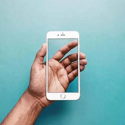 iphone在手 吃喝全有