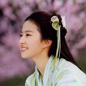 唐嫣公开了爱恋,刘亦菲有了宋承宪,谁还记得那场跟仙剑有关的恩恩怨怨!