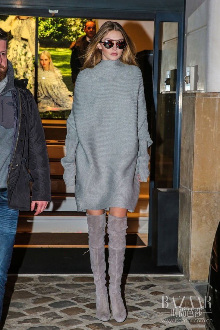 5、 gigi-hadid-and-bella-hadid-going-to-chanel-store-for-fittings-in-paris-1-25-2016-4