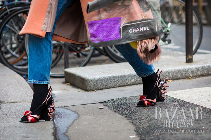 Prada-flame-shoes-by-STYLEDUMONDE-Street-Style-Fashion-Photography0E2A6822