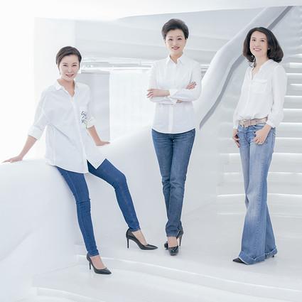 都说三个女人一台戏,没想到杨澜柯蓝陈晓楠真的推出了一部戏还那么多人抢着播