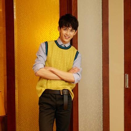 未满18岁就高个长腿会撩能暖?吴磊现在就是我理想型男友!
