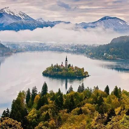 人均3k就能在阿尔卑斯雪山脚的星级旅馆住上一整周,欧洲也有消费堪比国内的度假胜地!