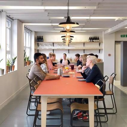 看看时尚租房网——Airbnb的办公室是什么格调