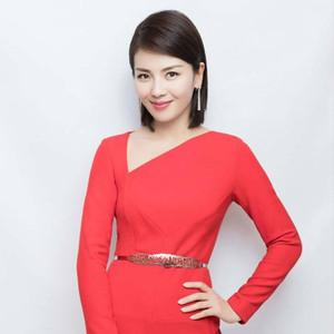 正儿八经不可方物的美还得看央视,连登三次春晚的刘涛不就是最好的例子吗!
