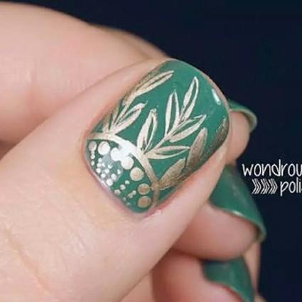 """新春降临苍茫大地,So你的手指也该做一个""""新芽绿""""美甲了!"""