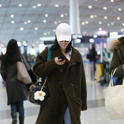 每日星范 | 白百何 的包挂让你不用买包也有新包背!