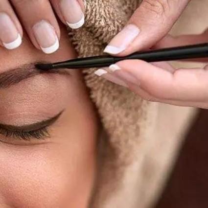 你的眉粉只能画眉?我的眉粉却能化全妆!