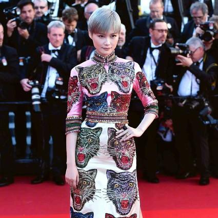 每日星范 | 李宇春 范冰冰、巩俐,把中国旗袍穿出了最时髦的样子!