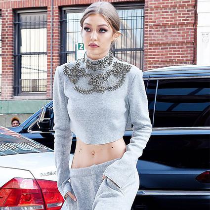 Gigi Hadid因为穿了套2万8的针织,被全美刷频了!