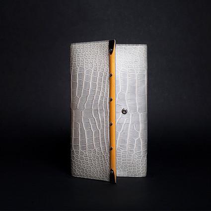 Saint-Honoré与Monte Carlo Goyard手拿包的艺术 ——《本季,重览Goyard经典手袋的非凡魅力》