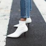 人人都穿小白鞋,我却穿小白靴!我偏要不同的人生!