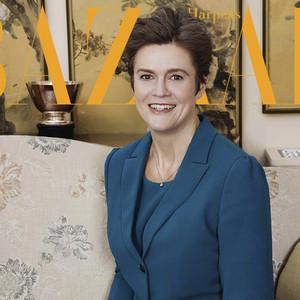 英国第一位女性驻华大使好任性,当了大使之后第一件事是去水立方游泳!