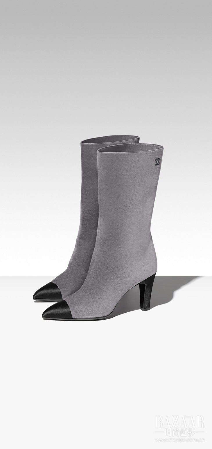 G33119-Y51214-C1443-Boots-in-grey-suede-and-black-satin