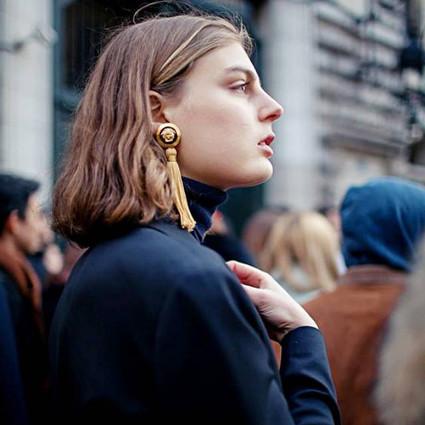 小花们爱戴长耳环,因为它戴上脸瘦一圈脖子长一节不是梦