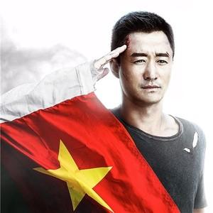 【热影】《战狼2》上映4天破7亿,吴京用命拍回一部不输好莱坞的中国大片
