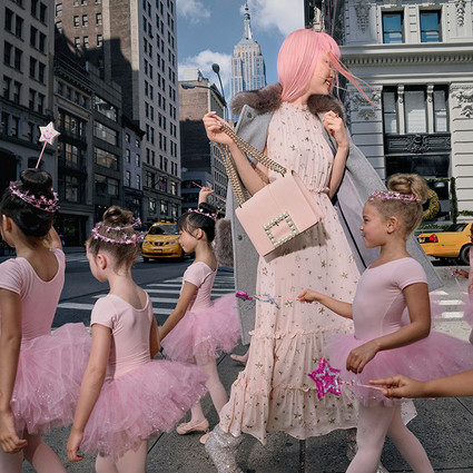 kate spade new york 再度携手 Fernanda Ly 演绎 2017 假日系列广告大片