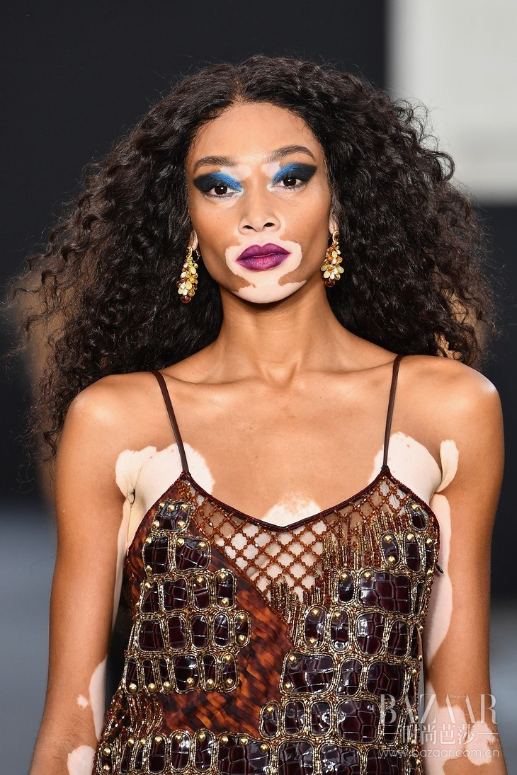 Winnie Harlow wearing Chopard High Jewellery