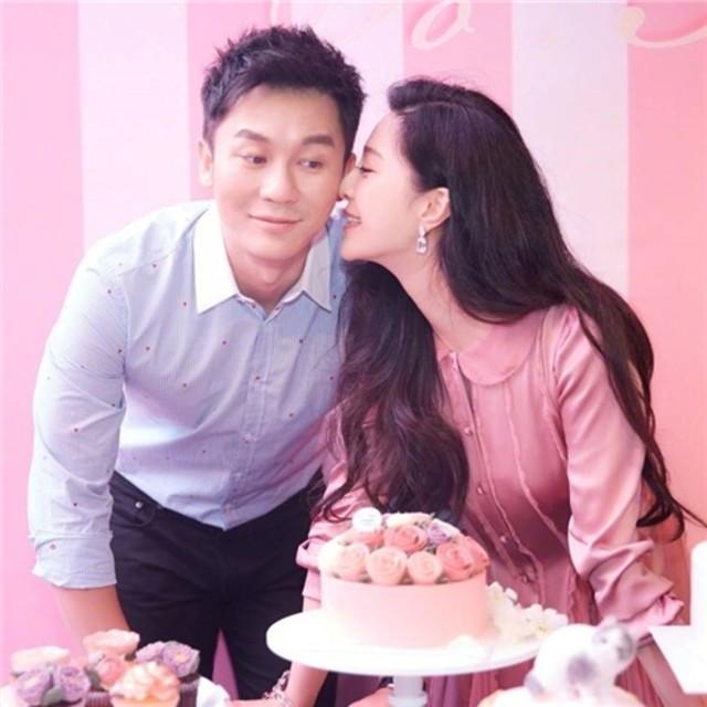 李晨求婚范冰冰成功!爱情就是从一个人变成我们,我们变成永远