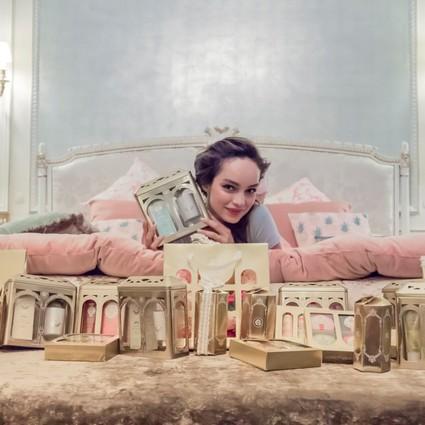 巴黎仪式感香氛美肤世家     Roger&Gallet香邂格蕾     岁末鎏金一刻 奏响圣诞香颂     香邂格蕾圣诞新年限量礼盒即将上市
