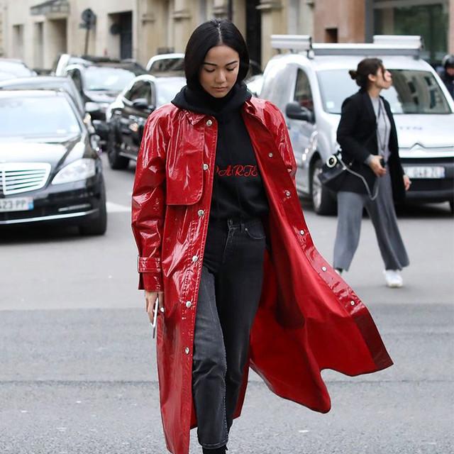 娜扎Jolin跟石榴糖浆一样红得诱人~ 顺便透露今秋流行色,穿红色的女人就是活力满满自带节拍!