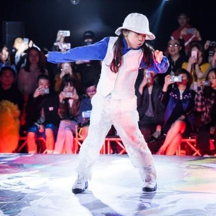 "ANGEL CHEN 2018秋冬以街舞为灵感,携手知名街舞舞者,演绎独具特色的""Call Out"""