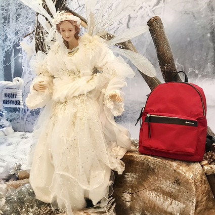 Echolac 爱可乐圣诞甄选礼物——Chic Fashion系列双肩背包,点亮沉闷冬日