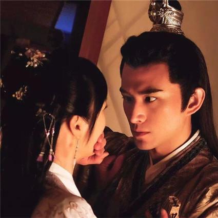 【热剧】商业互吹夫妻,九州第一塑料父子情,王千源张晓晨这一家可真是不得了!
