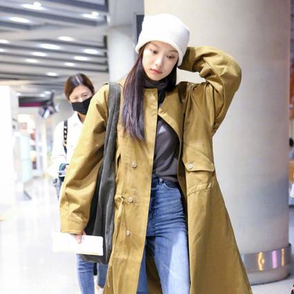 大衣秋裤已不够用了,倪妮宋茜的毛线帽很有必要!脸大不存在的!