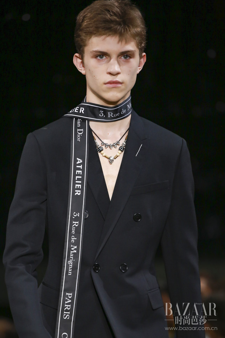 Dior-Homme-SS18-Paris-2302