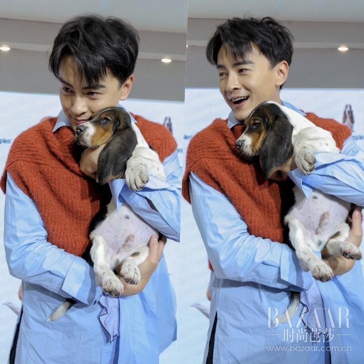 郑元畅和可爱的小狗狗