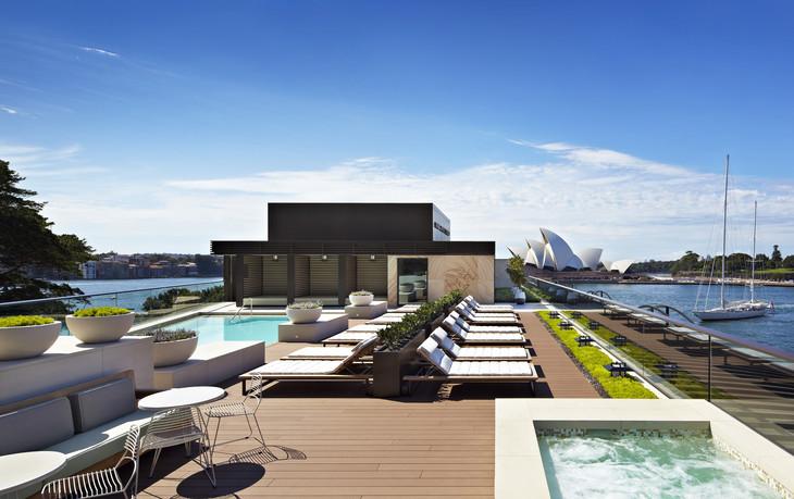 4 Rooftop Pool