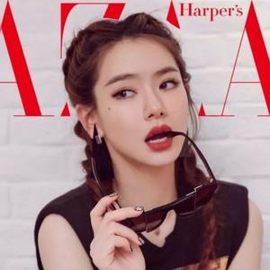 BazaarV Beauty|眼妆混搭墨镜都没听说过?!学会了你比戚薇玩得6!