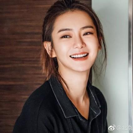 《北京女子图鉴》这样的女人,比选择孤独更可怕的,是选择向现实妥协