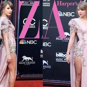 发福后的Taylor Swift这次瘦了,但肌肉腿有点触目惊心!