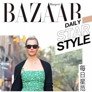 Karlie Kloss穿了条乡土气印花裙?但它是才是入夏的当红款【每日星范】