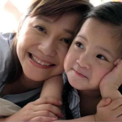 看了刘嘉玲林志玲吴亦凡妈妈照片,终于知道他们为什么长得这么好看了