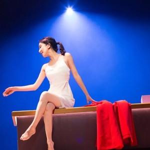 娄艺潇分享夏日好物,2000块的美容仪和200元的眼药水她都有!