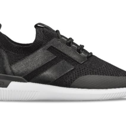 TOD'S携手韩裔设计先锋YONG推出NO CODE SHOEKER 定义时尚鞋履的新视界