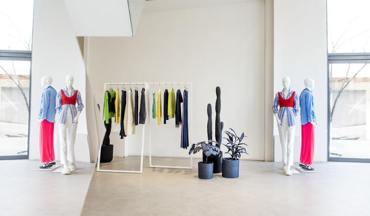 ERDOS 2019春夏新品预览会-女装区(1)